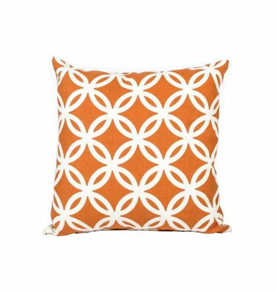Amber White Patterend Pillow